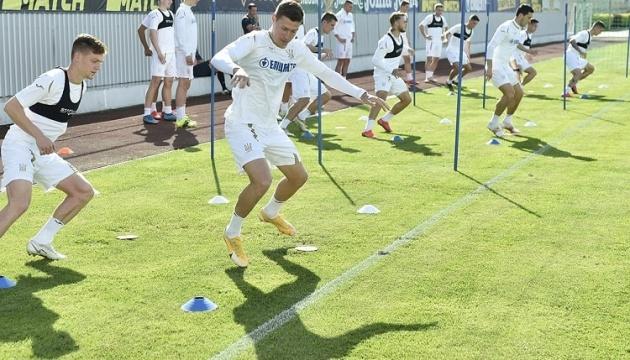 Збірна України визначилася із заявкою на матч з футболістами Бахрейну