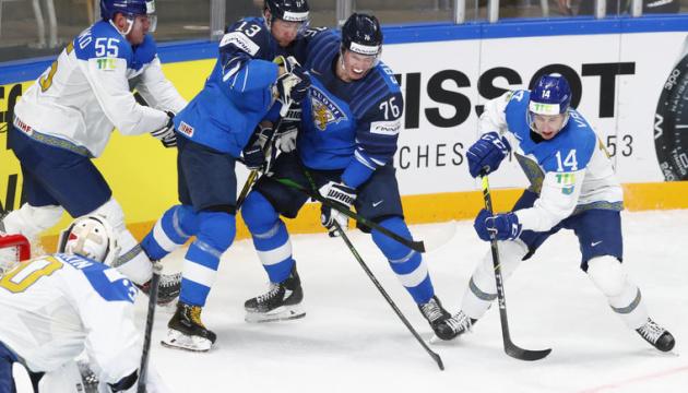 ЧС-2021 з хокею: Казахстан по буллітам переграв Фінляндію, Швеція поступилася Білорусі