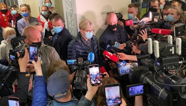 Літак Ryanair приземлився у Вільнюсі без шести пасажирів  - ЗМІ