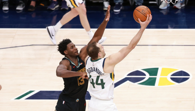 «Юта» уступила «Мемфису», «Финикс» обыграл «Лейкерс» на старте плей-офф НБА