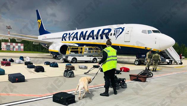 Японія засудила примусову посадку літака Ryanair у Мінську
