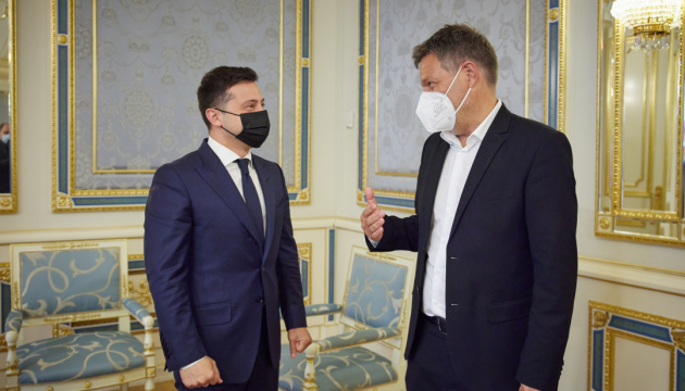 Zelensky, Habeck discuss threat posed by Nord Stream 2