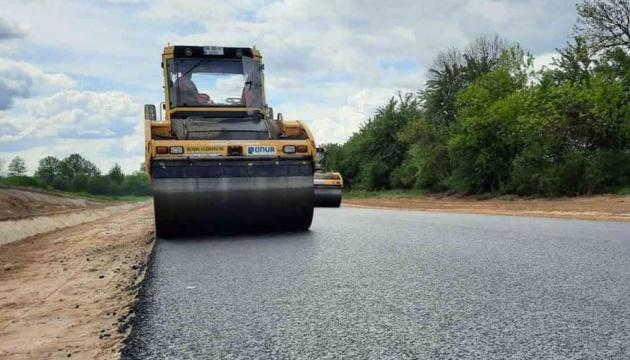 На Донетчине и Луганщине планирують восстановить почти 867 километров дорог
