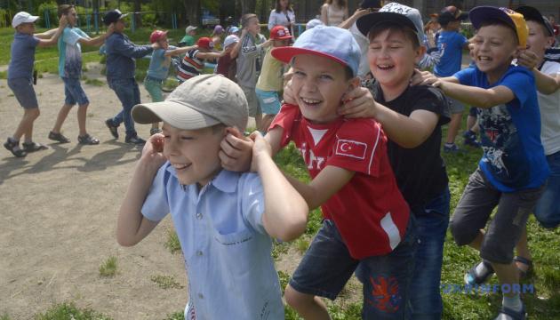 На Харківщині влітку працюватиме лише чверть літніх таборів – ОДА
