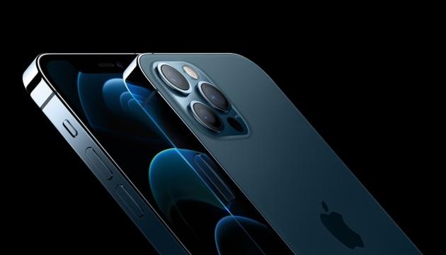 Чехлы для iPhone 12 – стильный дизайн и надежная защита
