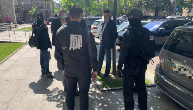 Чиновник Государственной регуляторной службы «погорел» на взятке в $10 тысяч