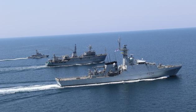 ВМС Украины и Британии провели в Черном море совместные учения PASSEX