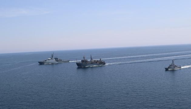 Ukrainische und britische Marine führten gemeinsame Übungen PASSEX im Schwarzen Meer durch