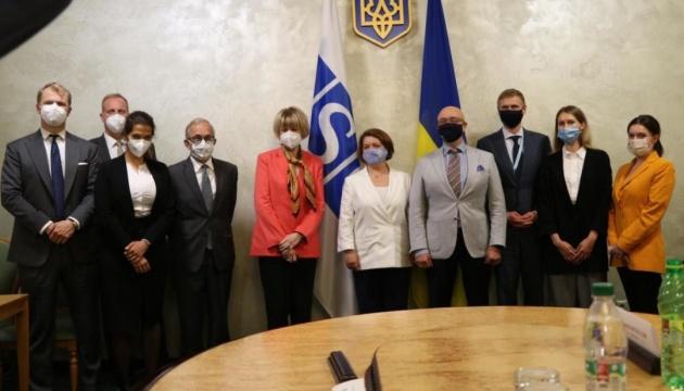 Reznikow omówił z Sekretarzem Generalnym OBWE sytuację we wschodniej Ukrainie