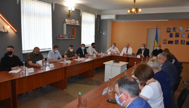 Немчинов на Донетчине обсудил проблемы новосозданных военно-гражданских администраций