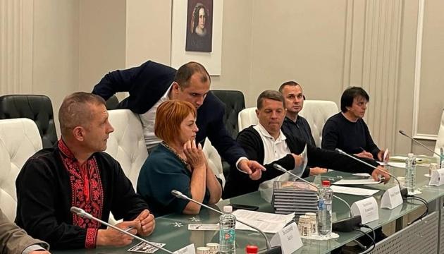 Бывшие политзаключенные Кремля хотят встречи с Президентом