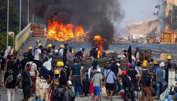 Переворот в Мьянме: правозащитники заявляют о 840 погибших