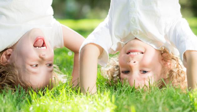 Світ відзначає Міжнародний день захисту дітей