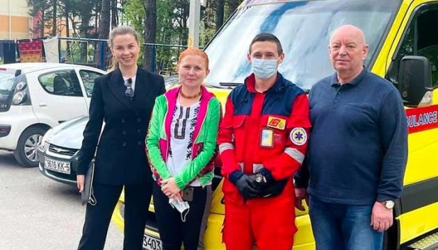 Мешканку Харківщини повернули з Білорусі після трансплантації