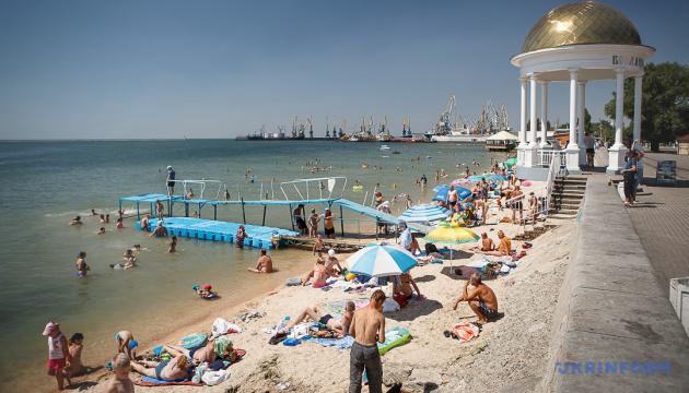 На пляжах Бердянська не рекомендують купатися через інфекцію у морі
