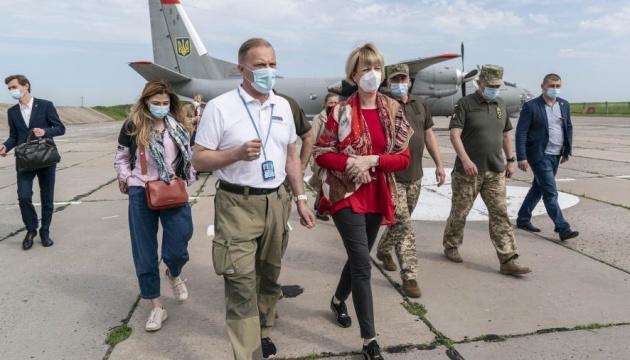 Генсекретарь ОБСЕ рассказала о препятствиях работы миссии на востоке Украины