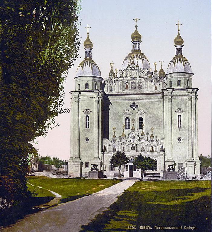 Військовий Микільський собор (у народі - Великий Микола), Видубицького Свято-Михайлівського монастиря, зруйнований у 1930-х рр.