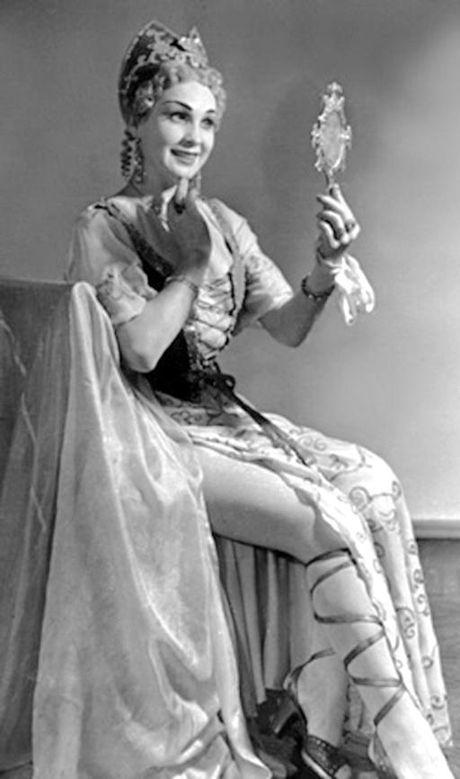 16-у ролі Венери в опері Енеїда Миколи Лисенка, 1959 р.