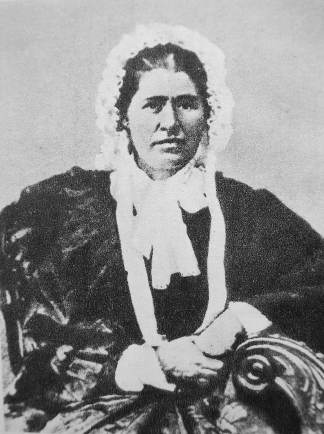 мати, Єлизавета Іванівна Драгоманова 1