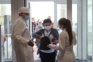 Столичний центр вакцинації нарощує темпи: за вихідні – 6,4 тисячі COVID-щеплень