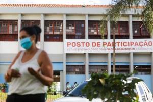 Від COVID-19 у Бразилії померли пів мільйона осіб – у країні спалахнули протести