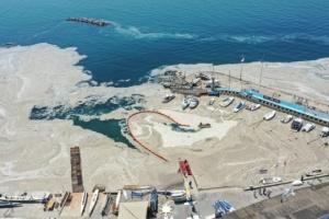 Туреччина прибрала з Мармурового моря 1,7 тисячі кубометрів слизу