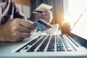 Moneyveo совместно с Visa, Ibox Bank и Новой почтой анонсировали выпуск кредитной карты