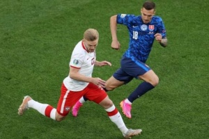 Словакия победила Польшу в матче футбольного Евро-2020