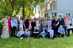 Українська школа у Варшаві відсвяткувала закінчення навчального року