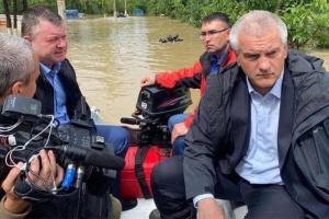 В окупованому Криму затопило Керч, Аксьонов плив по вулицях на човні - ЗМІ