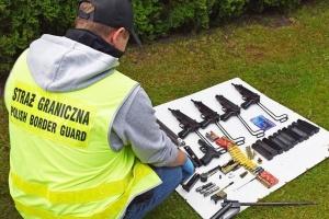 У Польщі викрили контрабандистів, які возили зброю в Україну