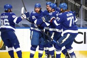 НХЛ: «Тампа-Бей» здобула другу перемогу над «Айлендерс» у півфіналі Кубка Стенлі