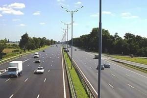 Трасу Київ-Бориспіль на два місяці частково перекриють через ремонт