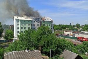 Під Києвом стався вибух у п'ятиповерхівці: людей евакуюють