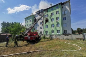 Пожежу в Білогородці локалізували, внаслідок вибуху загинула людина