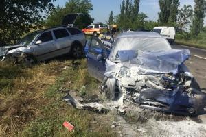 Mykolaiw: Zwei Tote und fünf Verletzte bei Zusammenstoß von vier Autos