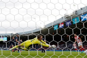 Хорватія перемогла Шотландію і вийшла до 1/8 фіналу Євро-2020