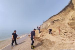 На Одещині відновили пошуки на місці зсуву ґрунту у Лебедівці