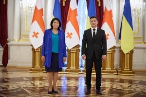 Зурабишвили пригласила Зеленского посетить Грузию 18 июля