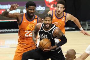 «Клипперс» обыграли «Финикс» и сократили отставание в полуфинальной серии плей-офф НБА