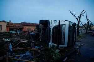 Даних щодо постраждалих від торнадо у Чехії українців наразі немає – посол