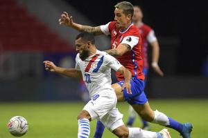 Кубок Америки: Уругвай и Парагвай победили и вышли в плей-офф