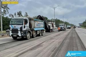 Во время ремонта трассы на Борисполь применяются новые технологии
