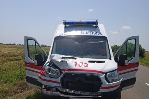 На Одещині зіткнулися «швидка» та авто морської охорони, постраждало немовля