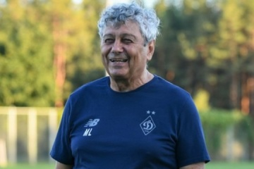 Dynamo Kyiv extends contract with Lucescu until 2023