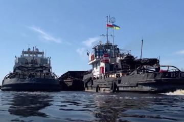 Ukraina śledzi za statkami przekraczającymi granicę z Białorusią
