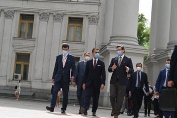 Kuleba y Di Maio inauguran el foro empresarial ucraniano-italiano