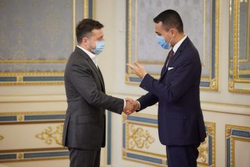 Zełenski i włoski minister spraw zagranicznych omówili sytuację na wschodniej Ukrainie i Nord Stream 2