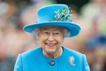 Zelensky congratulates Queen Elizabeth II on official birthday
