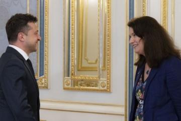 Zełenski spotkał się z szefową OBWE - o czym rozmawiano